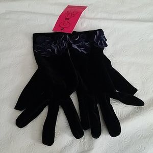 Shihreen Black Flower Design Gloves NEW